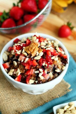 Chocolate-Strawberry-Oatmeal-ilovevegan4