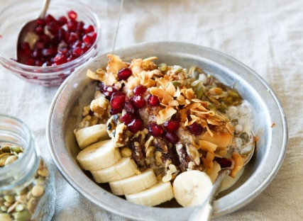 Oatmeal-Quinoa-Power-Bowl